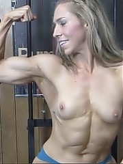 Denise - She Works Her Legs, You Get Sweaty